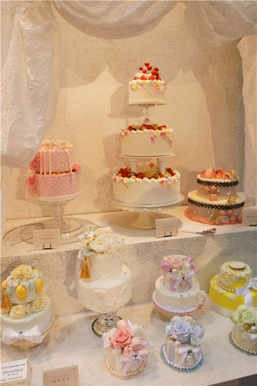 Incredible cakes at the Padico meets wedding booth