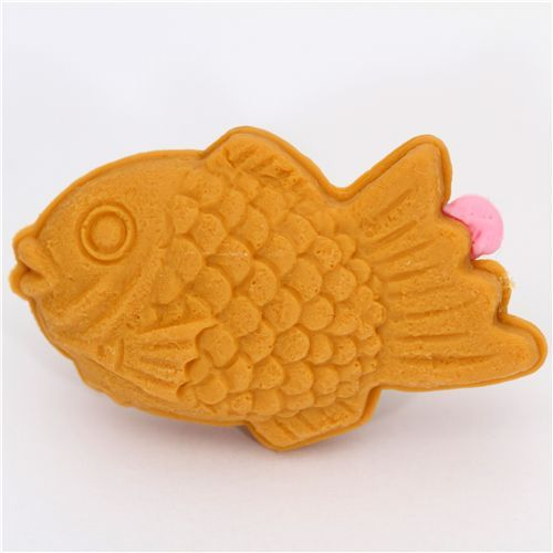 strawberry Taiyaki cake eraser Japan by Iwako