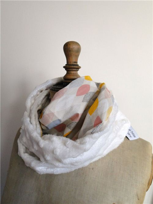 Les Bêtes de Céline made a pretty loop scarf with our Cloud 9 organic fabric