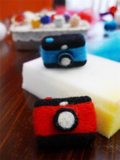 Maggie crafted these little felt cameras