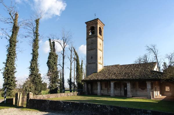 """Il Santuario del Marzale (Cr) il luogo scelto da Anna per il suo ritratto per il progetto """"Donne di Crema"""" (C)Monica Monimix Antonelli"""