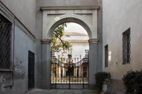 """Il Palazzo Benvenuti Arrigoni Albergoni Crema (Cr) il luogo scelto da Barbara per il suo ritratto per il progetto """"Donne di Crema"""" (C)Monica Monimix Antonelli"""