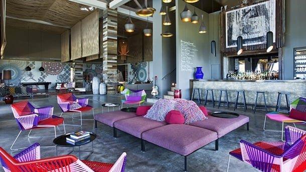 cores-na-decoracao-rosa-e-berinjela-imagens