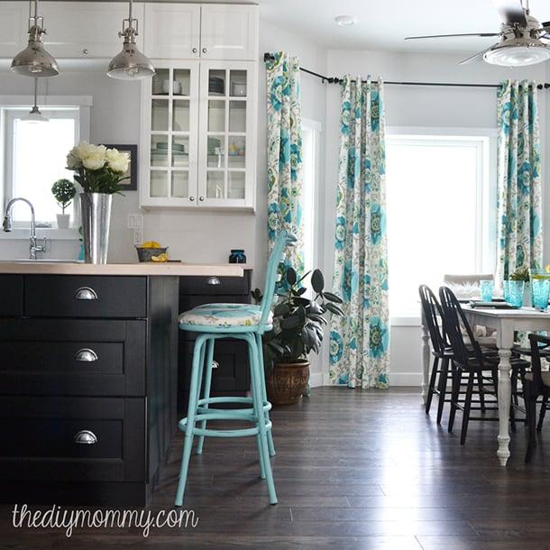 banqueta-azul-cozinha