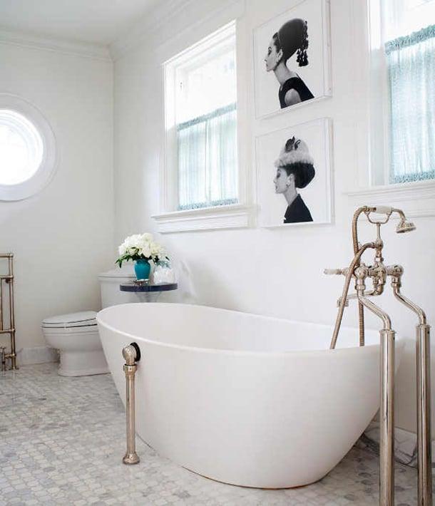 decoracao-com-quadros-banheiro