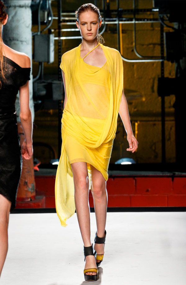 Singapore's Most Popular Fashion Blogger | Helmut Lang