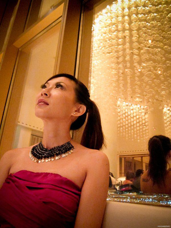 Singapore's Hottest Celebrity Blogger | Las Vegas Mix Travel