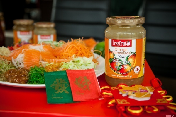 DIY Homemade Yu Sheng Sauce with FrezFruta