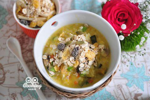 【燕麥片食譜】 南瓜彩蔬燕麥粥做法 全家大小咸宜的美味早餐!