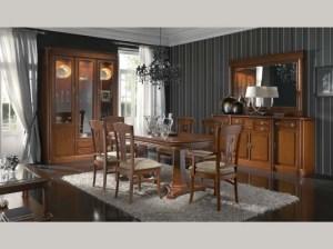 Pocos como monraval siguen ofreciendo mueble clásico valenciano a precio alcanzable para el público de clase media.