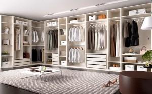 Esta nueva opción de interiores con acabados naturales en armarios con exterior blanco le aportan calidez, robustez y elegancia. ¡No cabe duda!