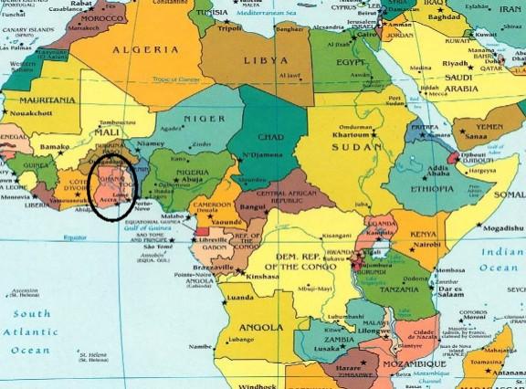 Ocho empresas españolas del mueble de expedición comercial a Ghana.