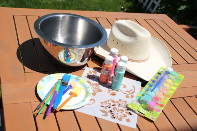 Prepare to paint a cowboy hat