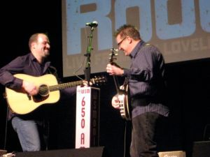 Nedski and Mojo. Yes, they have fun on stage.
