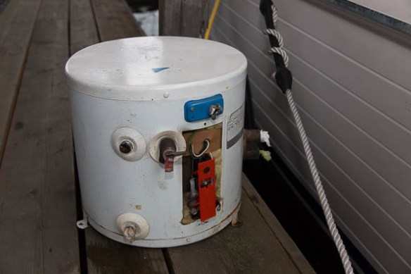 mv Archimedes Water Heater old 2