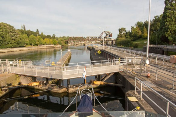 mv Archimedes out through the locks