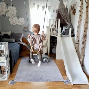 Fantasyroom Blog: Die schönsten Instagram Kinderzimmer - Spielturm mit Schaukel