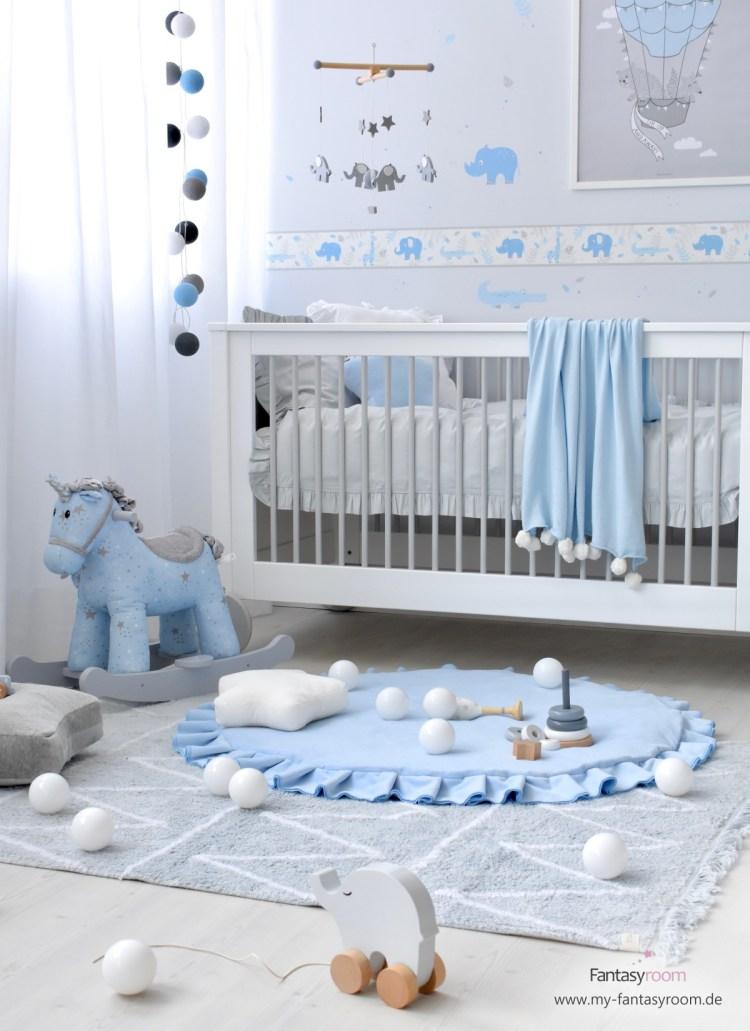 Dinki Balloon Babyzimmer in Hellblau & Grau mit Safaritierchen Bordüre