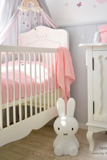 Romantisches Babybett von Opsetims