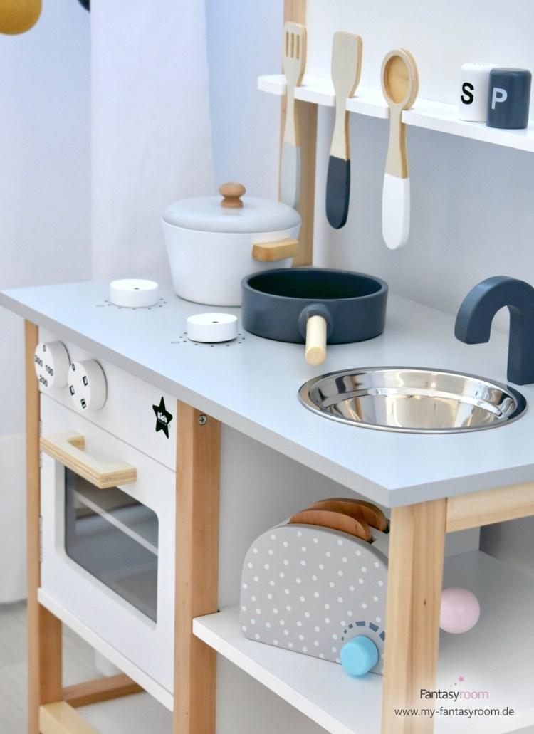 Kinderküche mit Zubehör von Kids Concept