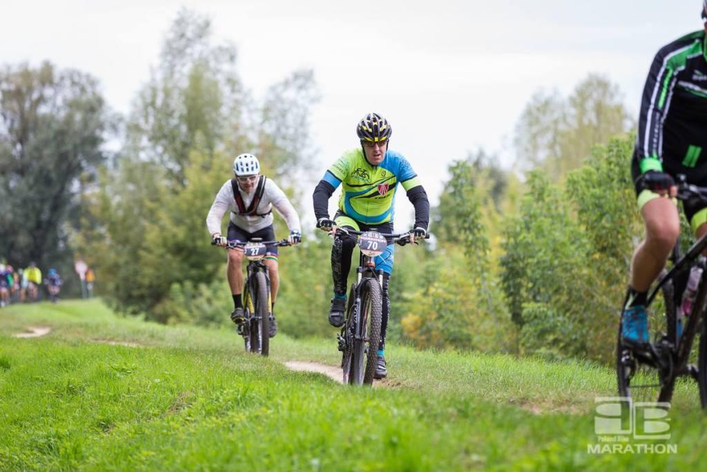 Tomek Borowiecki na trasie Poland Bike Marathon w Konstancinie-Jeziornie