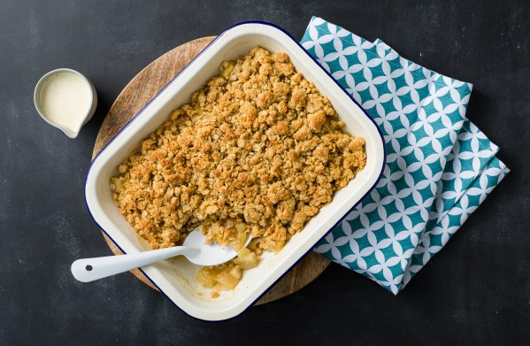 anzac biscuit crumble