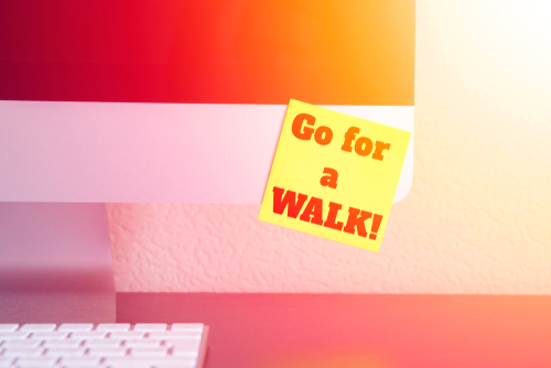 sticky note walking reminder