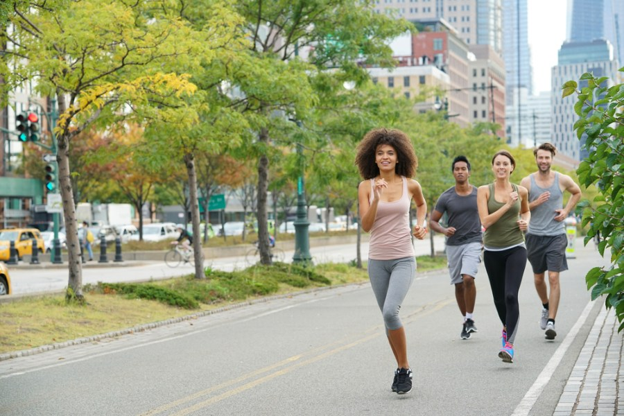How fast is the average walking speed (+brisk walking pace)