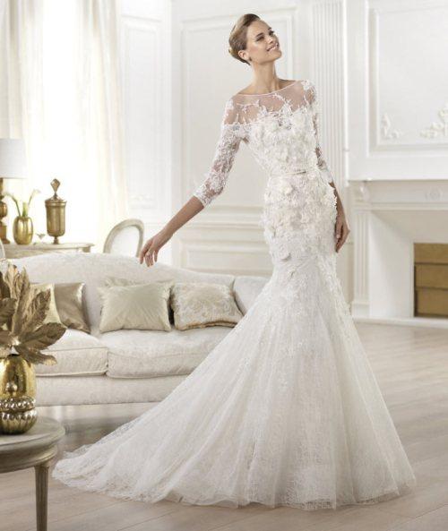 Robe de mariée à col bateau en dentelles et à manches