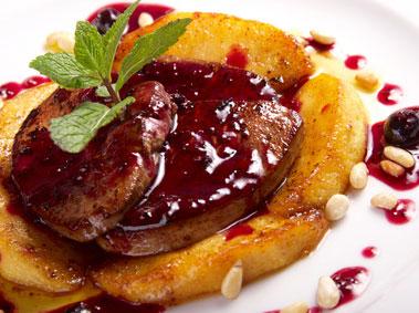 plat principal à base de viande en sauce et pommes de terre