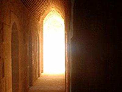 lumière d'une église
