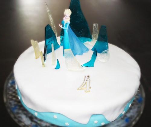 gateau d'anniversaire reine des neiges