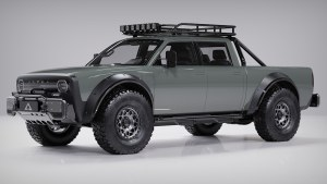 Alpha Motor Corporation Superwolf shows off crew cab and accessories