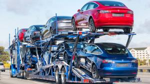 Tesla quarterly deliveries hit 200,000 cars for the first time