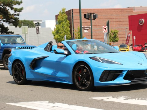 2022 Chevy Corvette loses 3 mpg on the highway, EPA says — or does it?