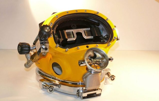 US Navy Develops The Divers Augmented Reality Display