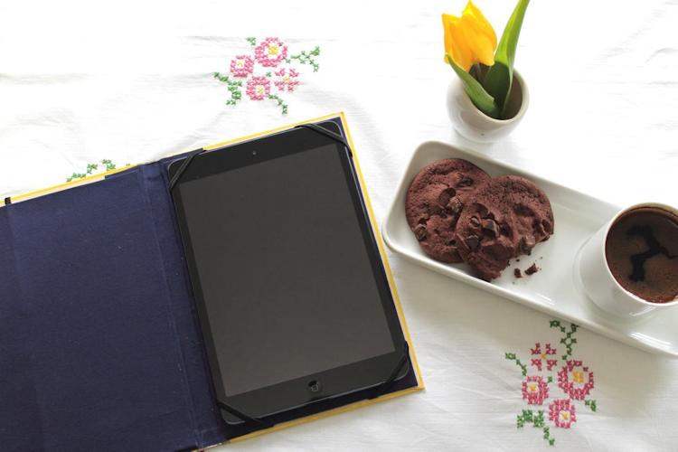 Buch-Hülle für Tablet oder E-Reader {DIY} (15)