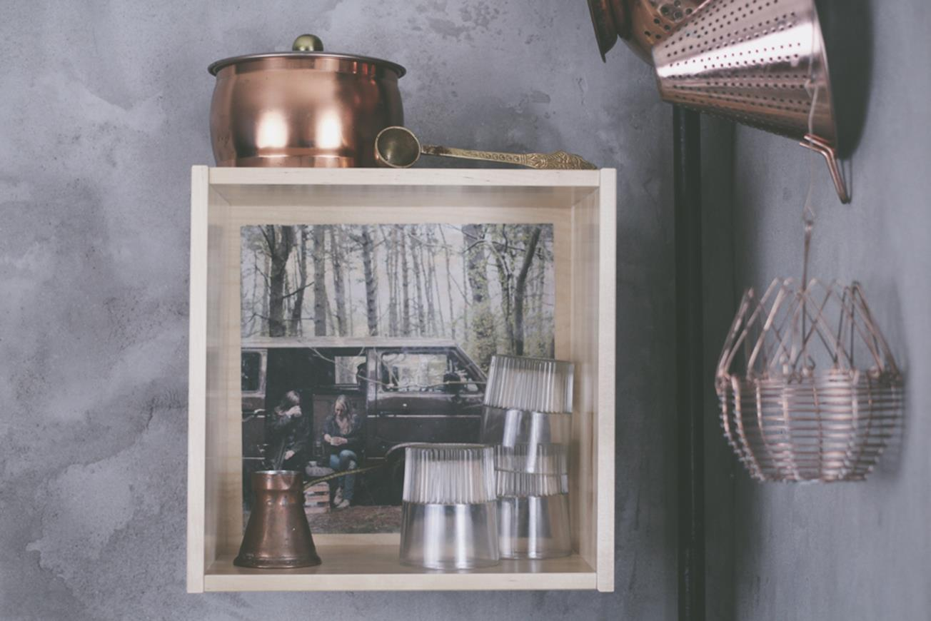 DIY Photo Transfer onto Furniture // Fototransfer auf Holzmöbel