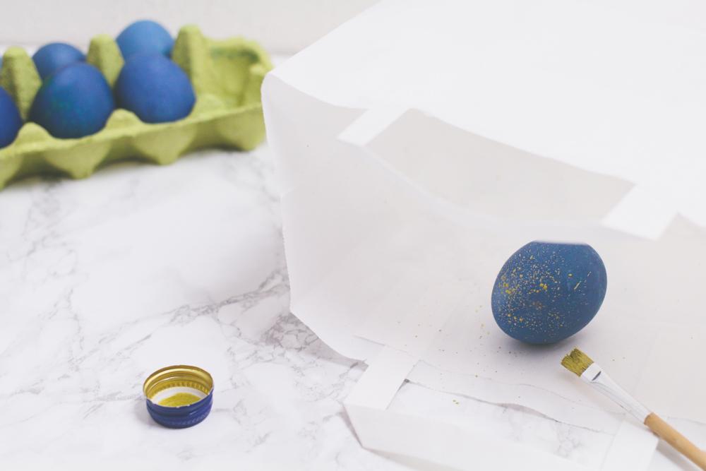 Gold gesprenkelte Ostereier {DIY} | nähmarie