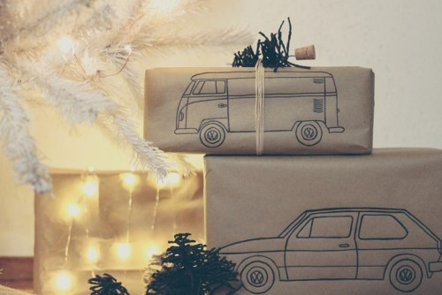 DIY Classic Car Gift Wrapper
