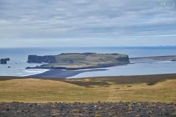 Dyrhólaey vue depuis les hauteurs au dessus de Vík