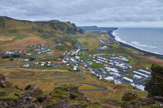 Vík í Mýrdal vue depuis les hauteurs environnantes