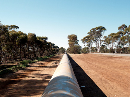 Pipeline by andrewcparnell @ Flickr