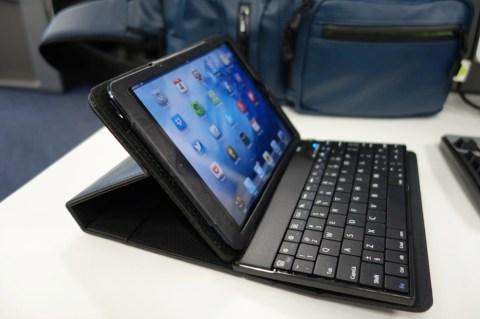 サンワダイレクト iPad mini Bluetoothキーボード付きケース 006