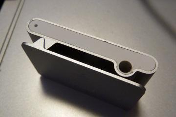 Iphone_shuffle_repair_02