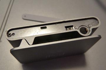 Iphone_shuffle_repair_03