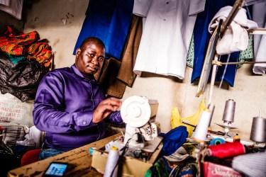 "07h15 Manzini, Swaziland | ""I want a shirt like this"" | 24hourproject"