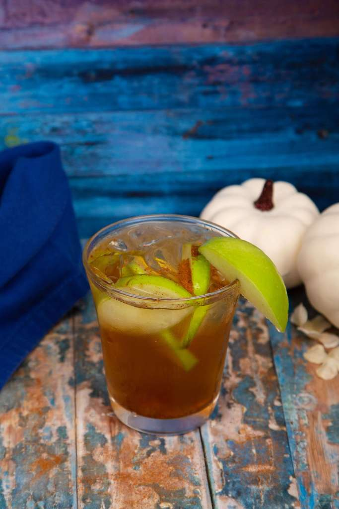 Apple Maple Whiskey Sour