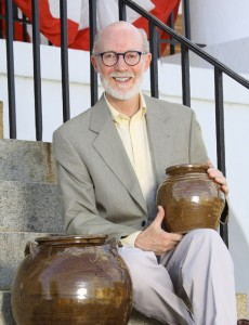 Leonard Todd on the steps of the Edgefield County Courthouse, with two pots by Dave. (photo by Brook Facey)
