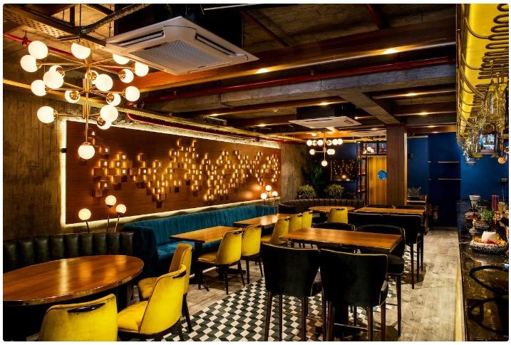 This Lounge's Beer Offer For INR 595 Is Delhi's Best Kept Secret & We're Here To 'Decode' It!